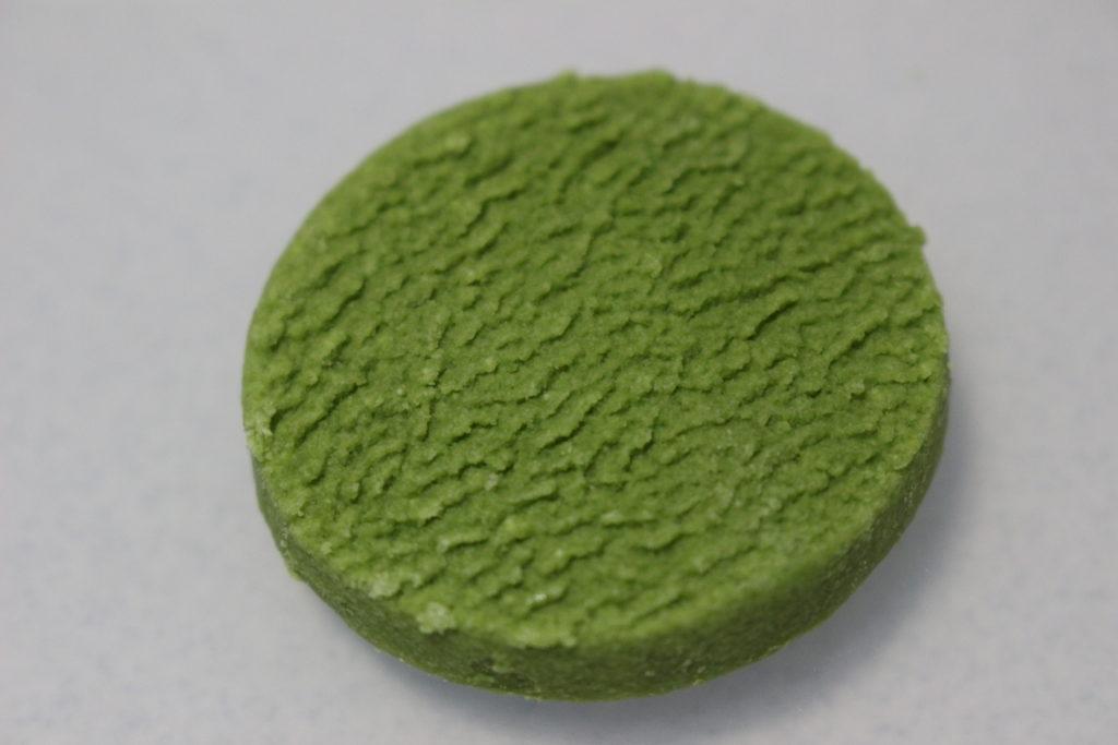 緑色の丸いクッキー