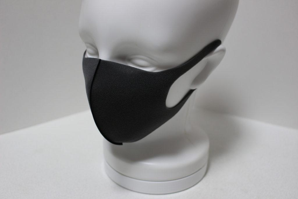 マスクを装着したマネキンの頭部