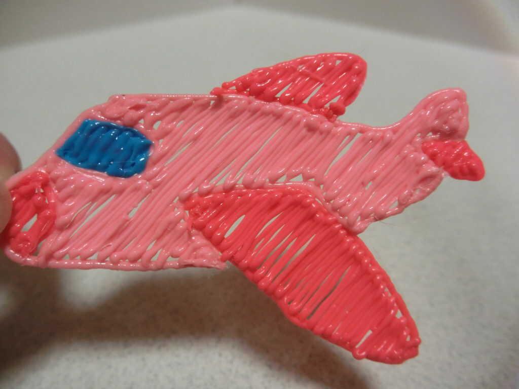3Dペンで作った飛行機